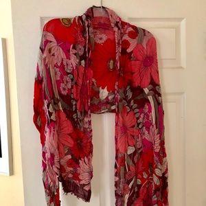 Vivid Floral Lightweight Wrap/Scarf